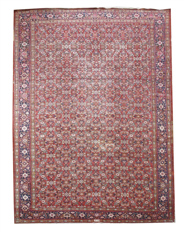 Lot 46 - A Persian Mahal carpet