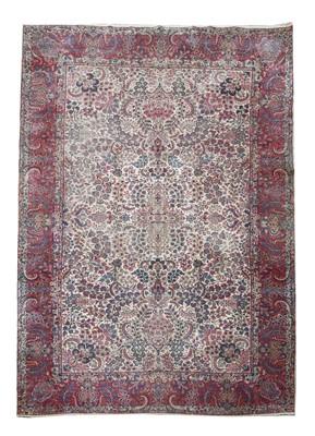 Lot 206 - A Kirman carpet