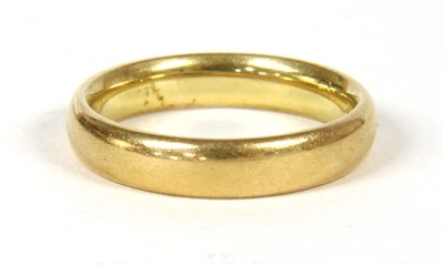 Lot 3-A 22ct gold wedding band