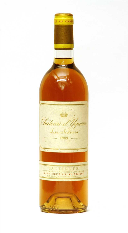 Lot 20-Château d'Yquem, Lur-Saluces, 1989, one bottle