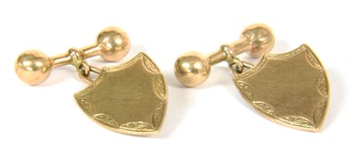 Lot 14-A pair of gold cufflinks