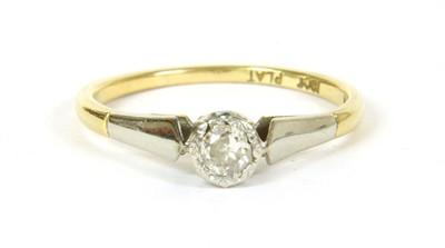 Lot 17-A single stone diamond ring