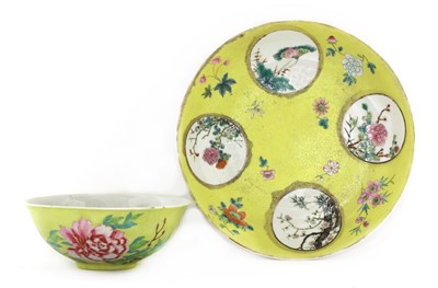 Lot 327 - A Chinese famille rose bowl