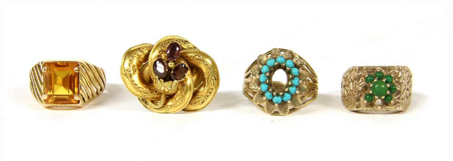 Lot 7-A collection of four rings