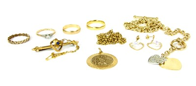 Lot 36-A quantity of gold jewellery