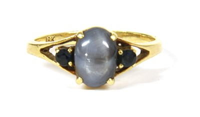 Lot 29-A sapphire ring