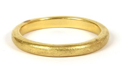 Lot 13-A gold wedding ring