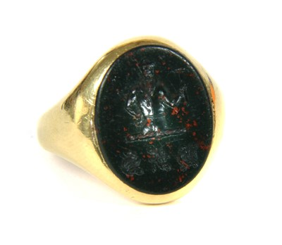 Lot 1-An 18ct gold oval bloodstone signet ring