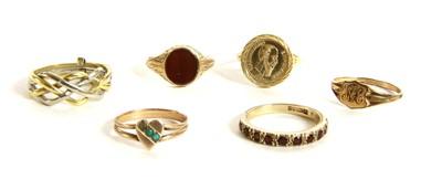 Lot 16-Six assorted rings