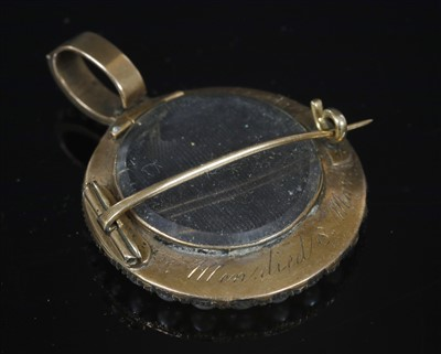 Lot 8-A Georgian cased gold and split pearl memorial pendant brooch, c.1810