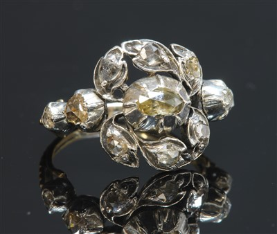 Lot 22-A late Georgian giardinetti silver and gold ring