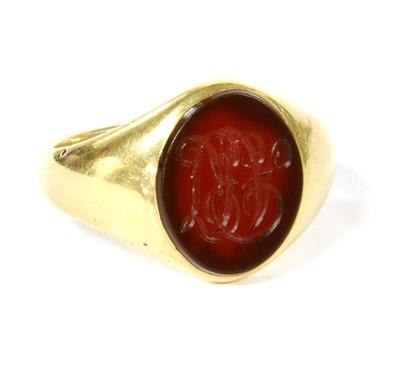 Lot 3-An 18ct gold cornelian signet ring