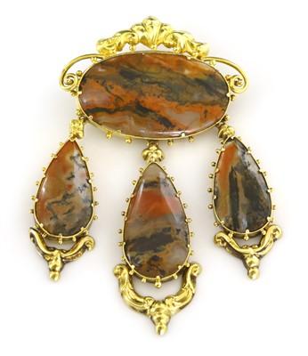 Lot 5-A Regency gold agate girandole brooch