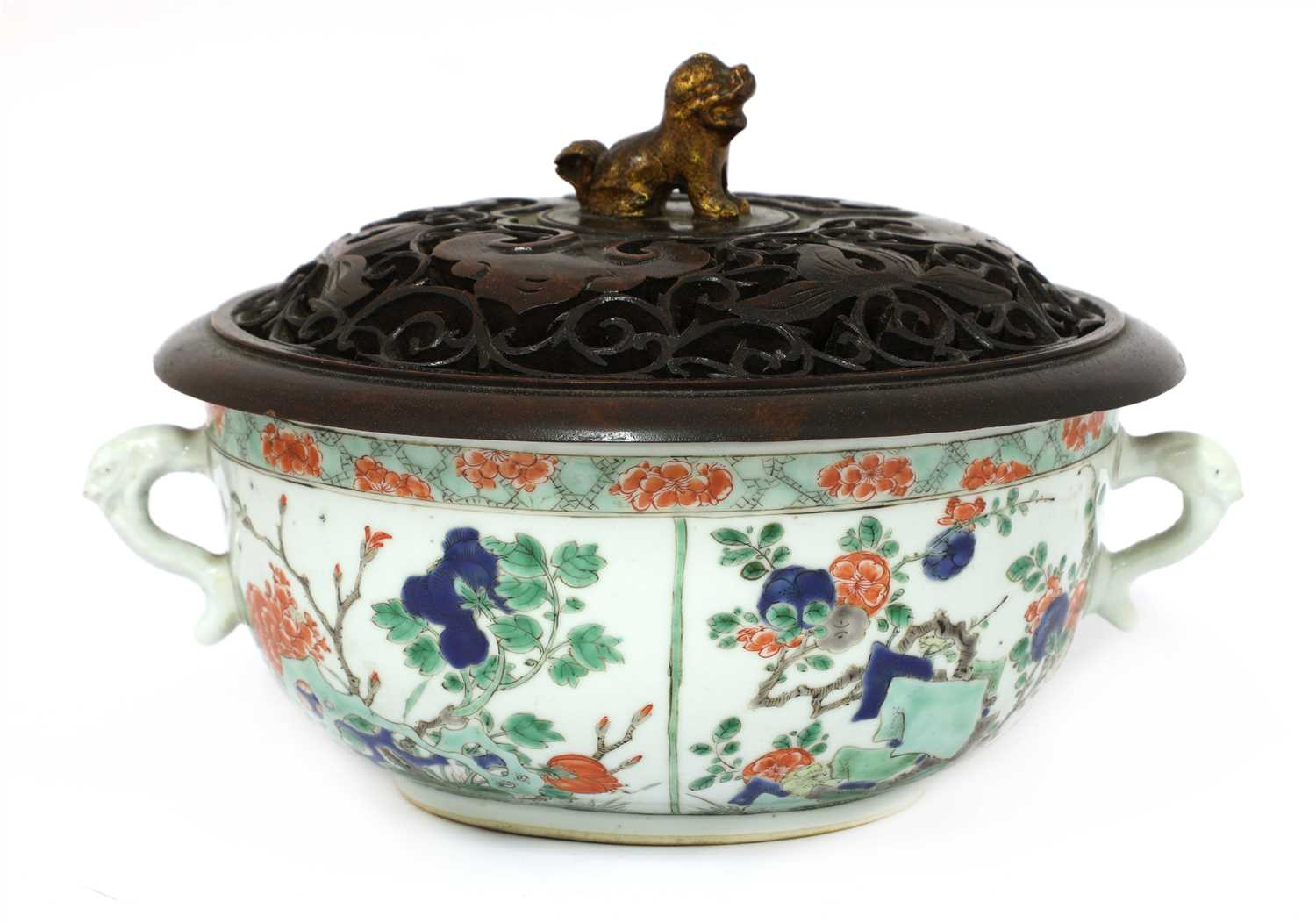 Lot 19-A Chinese famille verte bowl