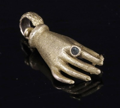 Lot 10-A Georgian or Regency gold hand clasp from a long chain