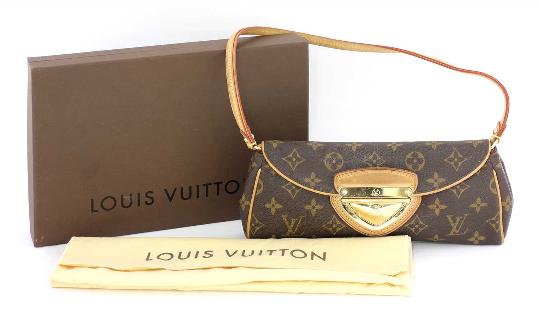 Lot 677 - A Louis Vuitton monogrammed 'Beverly' Clutch