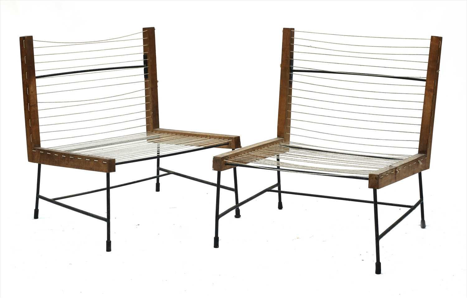 Lot 257 - A pair of lounge chairs