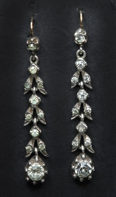 Lot 2-A pair of late Georgian silver and gold paste drop earrings