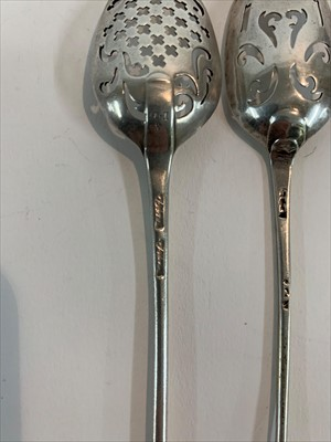 Lot 25-A silver mote spoon