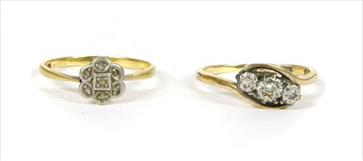 Lot 22-A gold diamond cluster ring