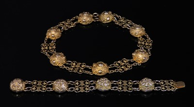 Lot 12-A Victorian silver gilt necklace and bracelet suite