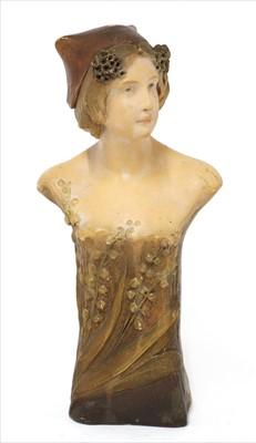 Lot 79 - A Goldscheider terracotta bust
