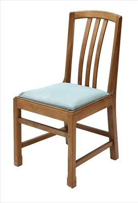 Lot 229 - A walnut chair