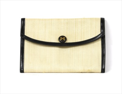 Lot 1010-A vintage Hermès crinoline Courchevel Rio clutch bag