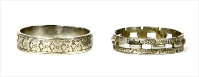 Lot 13-A platinum wedding ring