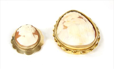Lot 4-A gold mounted shell cameo brooch