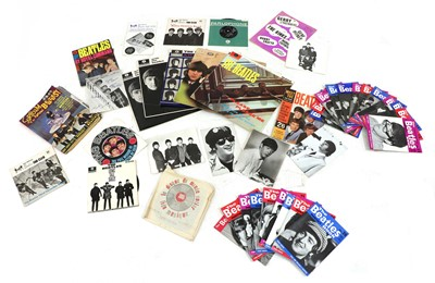 Lot 533 - A collection of The Beatles vinyl records and ephemera