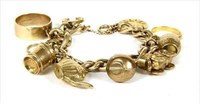 Lot 24A-A 9ct gold figaro bracelet