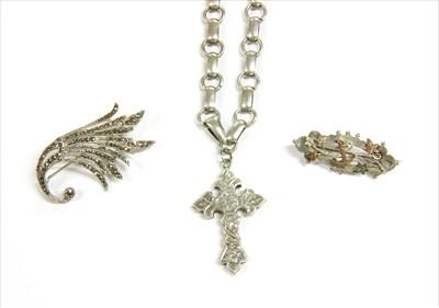 Lot 1-A Victorian silver hollow cross fleurée pendant