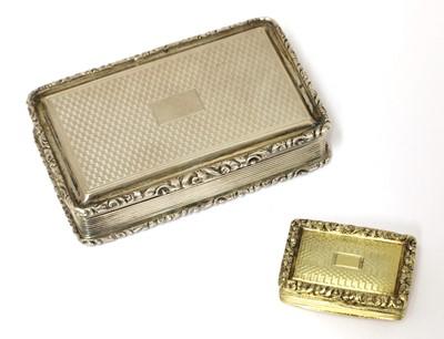Lot 80 - A William IV silver snuff box