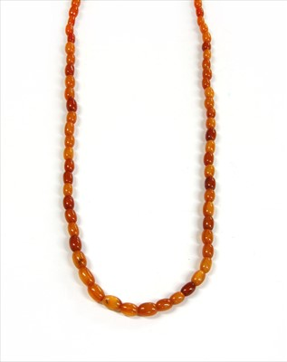 Lot 18-A single row amber bead necklace