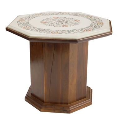 Lot 162 - A pietra dura marble octagonal table top