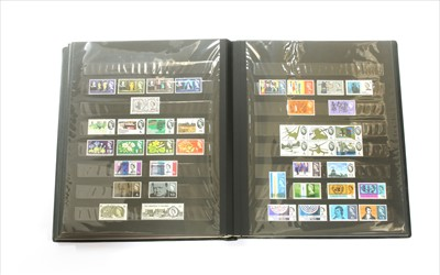 Lot 18-GB stock book with QV to early QEII