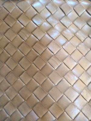 Lot 1019-A Bottega Veneta tan intrecciato leather clutch bag