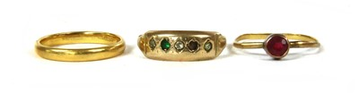 Lot 31-A 22ct gold wedding ring