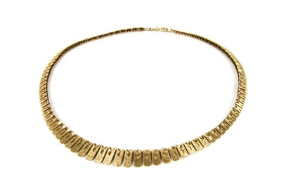 Lot 49-A 9ct gold graduated fringe necklace