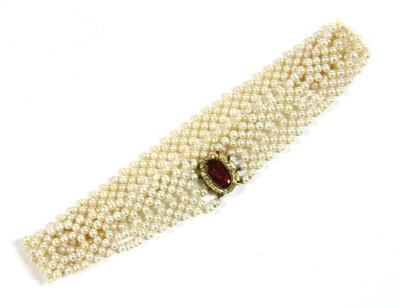 Lot 9-A gold cultured freshwater pearl lattice choker