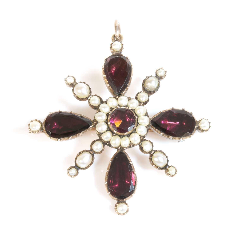 Lot 10-A Georgian gold foiled garnet and split pearl cruciform brooch/pendant