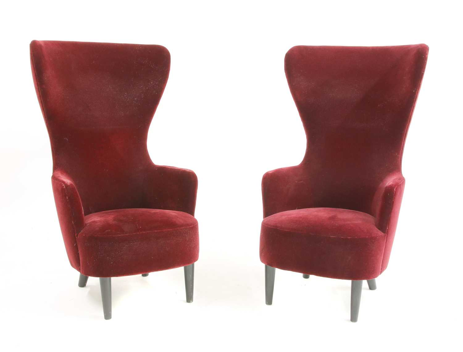 A pair of Tom Dixon 'Wingback' design chairs,