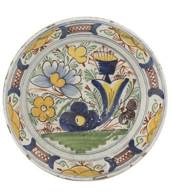 Lot 84 - A Dutch Delft dish