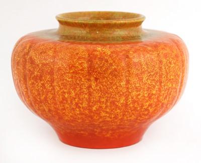 Lot 150 - A Pilkington's Royal Lancastrian vase