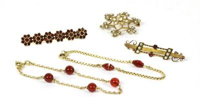Lot 27-An Italian gold cornelian bead bracelet