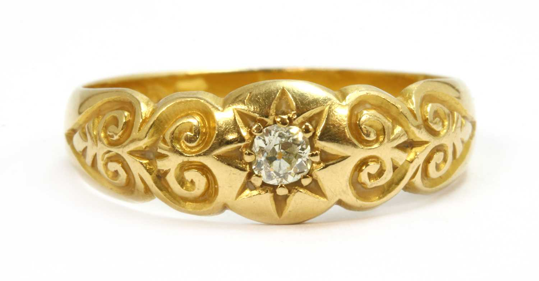 Lot 24-An 18ct gold diamond ring