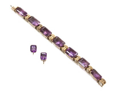 Lot 168 - A rose gold amethyst bracelet and matched earring suite, c.1940