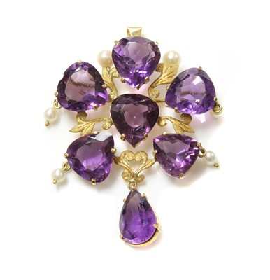 Lot 186 - A Continental gold amethyst and cultured pearl brooch/pendant