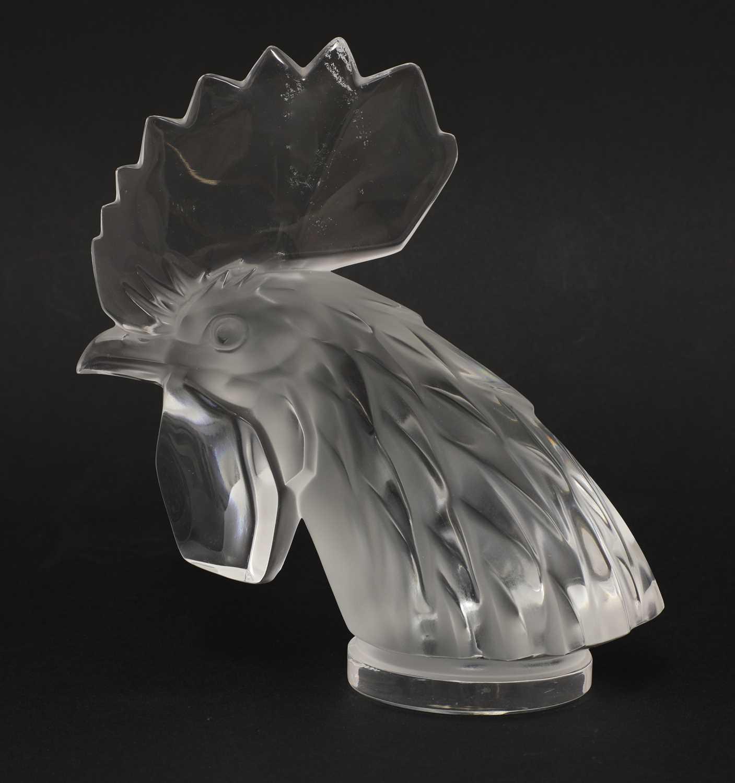 Lot 303 - A Lalique glass 'Tete de Coq' car mascot